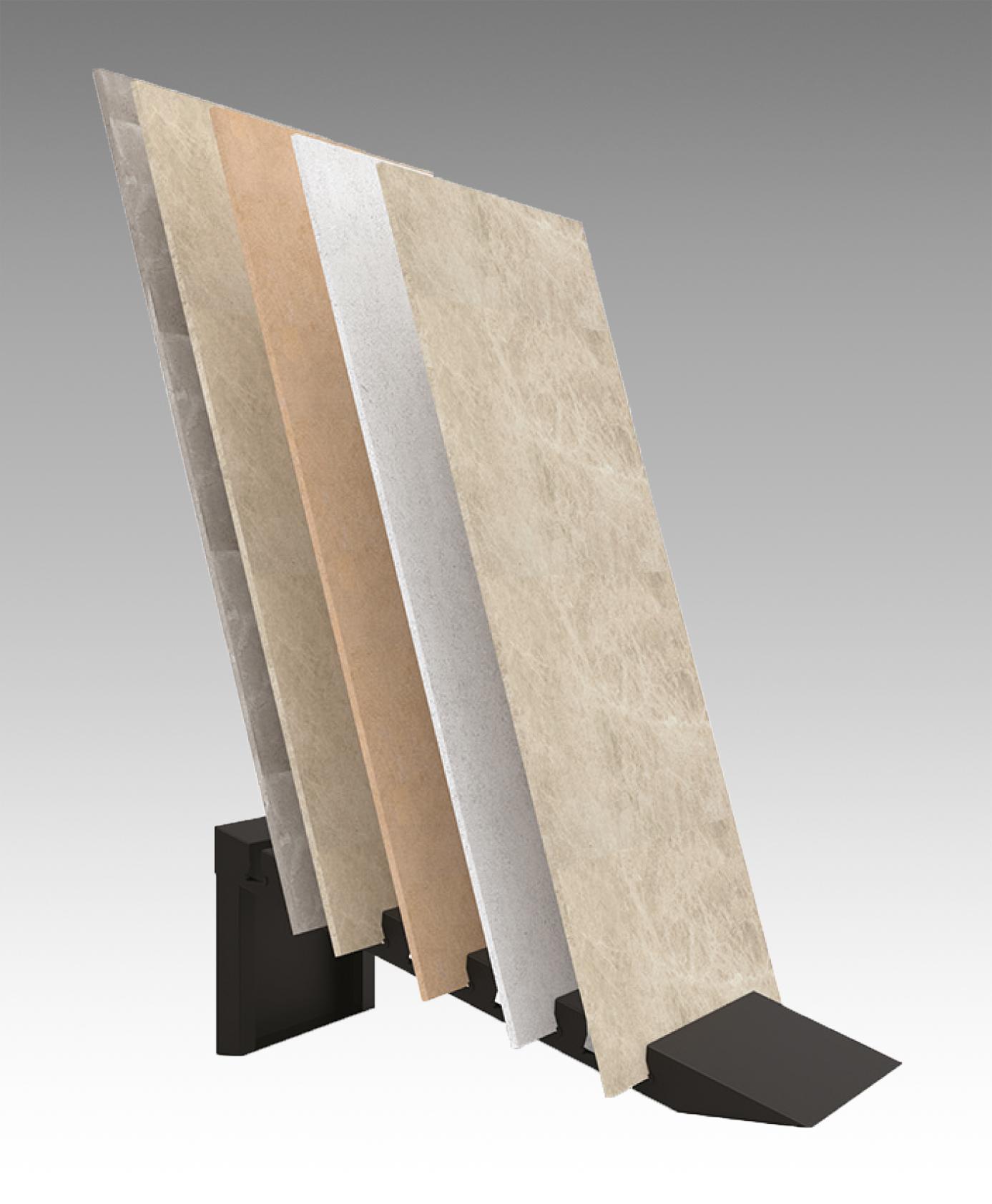 Sistema espositivo in ferro per lastre da esterno